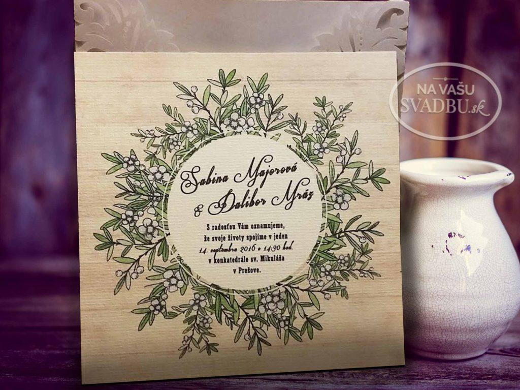 vyrezavane-svadobne-oznamenie-s-kartickou-s-kvetinovym-vencom-a-jutovou-stuzkou-vnutro
