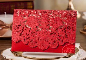 vyrezavane-svadobne-oznamenie-cervena-obalka-s-cipkou