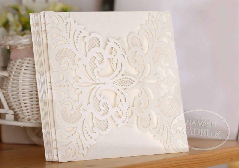 vyrezavane-svadobne-oznamenie-biele-otvaracie-do-stran