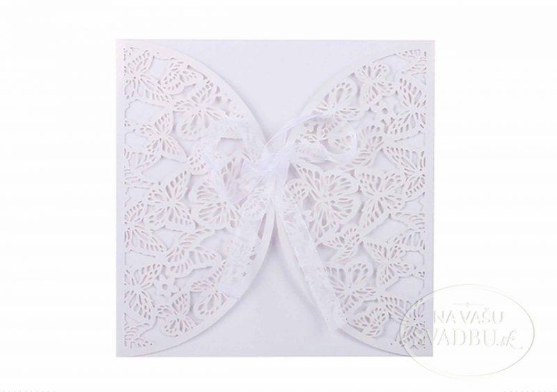 vyrezavane-svadobne-oznamenie-s-motylikovym-vzorom